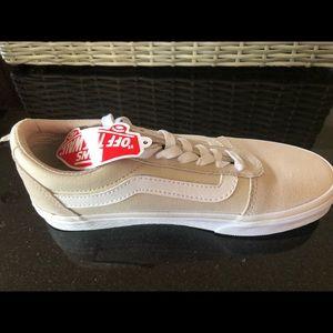 Brand New Vans Ward Shoes in Birch/White